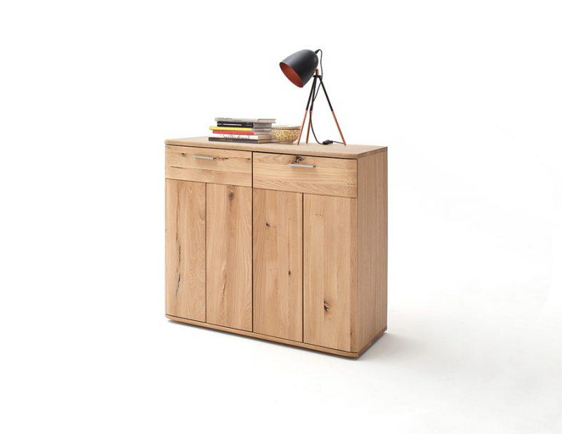 drewniana komoda do pokoju dziecięcego